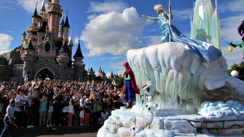 A Disneyland Paris, il parco a tema n°1 in Europa, arriva Frozen!